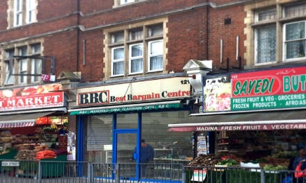 SHOP OWNER FINED FOR  SELLING KNIVES TO TEENS