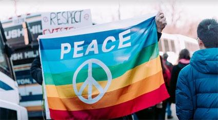 FAMILY FESTIVAL CELEBRATES PEACE