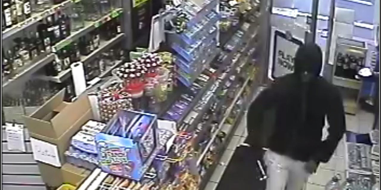 HAMMER WIELDING ROBBER DETAINED BY PUBLIC IS JAILED