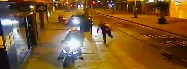 Moment police catch moped gang red handed
