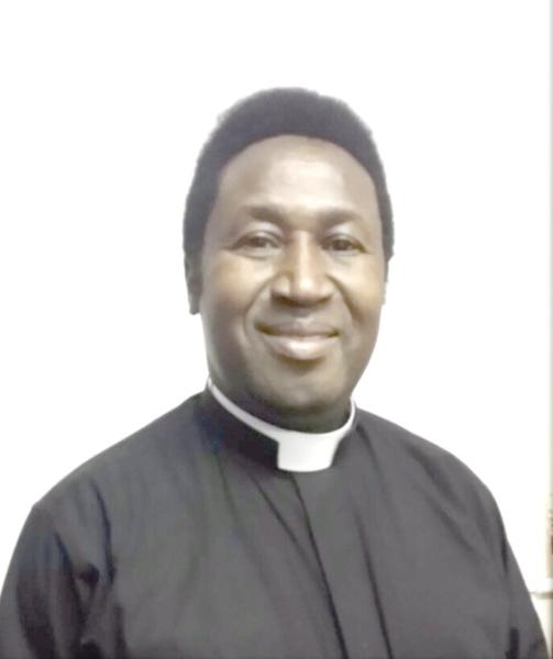 Vicar defrocked over sham marriage claim